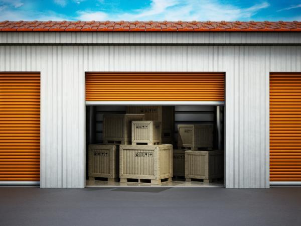 205120-600x450-storageunit